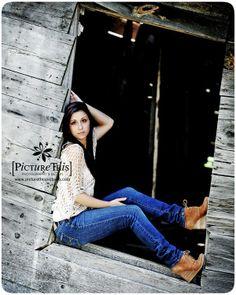 high school senior photography www.picturethisphotodesign.com www.facebook.com/picturethisphotography