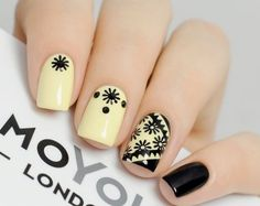 Black and yellow nails Fancy Nails, Love Nails, Pretty Nails, Manicure And Pedicure, Gel Nails, Black Manicure, Nail Polish, Nail Art Cute, Nailart