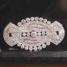 yes please!  this would be awesome incorporated into a gatsby inspired wedding.....