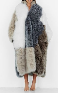 https://www.modaoperandi.com/tuinch-fw17/color-block-tibetan-fur-coat