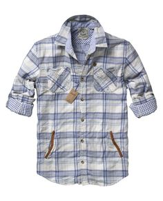 I like this shirt a lot. Stylish Mens Fashion, Boys Wear, Boys Shirts, Simple Outfits, Printed Shirts, Shirt Style, Casual Shirts, Scotch Soda, Men Casual