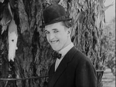 Stan Laurel in Detained (1924)