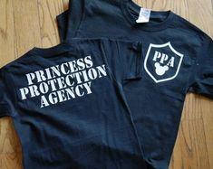 Men's Plus size disney shirt Disney Princess Shirts, Disney World Shirts, Disney Boys, Disney Shirts For Family, Disney Family, Mens Disney Shirt, Disney Diy Shirts, Family Shirts, Dad To Be Shirts