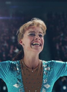 The Real Reason Margot Robbie's Hair Looks So Fried In I, Tonya+#refinery29