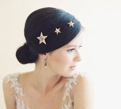 You'll never stop shining in this glittering, star-shaped hair accessories. #etsyweddings