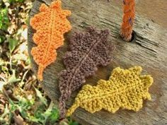 Garter Stitch Oak Leaves for garlands or table decorations.