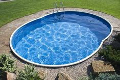 Pools For Small Yards, Small Backyard Pools, Backyard Patio, Above Ground Pool, In Ground Pools, Kleiner Pool Design, Piscine Diy, Small Pool Design, Small Pool Ideas
