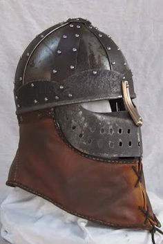 Knotwolf Armoury - Phrygian Helm