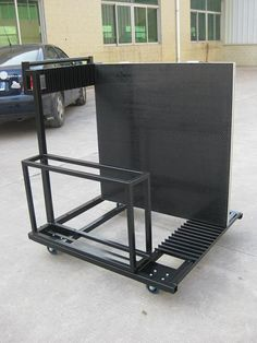 Mobile stage trailer is used for staging platforms