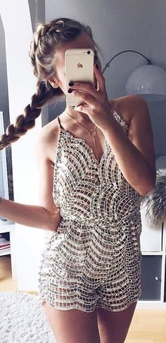 Find and save ideas about outfit trends on Women Outfits. Look Fashion, Womens Fashion, Fashion Trends, Daily Fashion, Boutique Fashion, Mode Inspiration, Mode Style, Crochet Clothes, Crochet Shorts