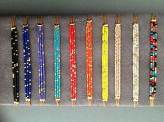 bracelet plaqué or et miyuki : Bracelet par goldie Diy Jewelry Projects, Jewelry Crafts, Jewelry Patterns, Bracelet Patterns, Bead Jewellery, Beaded Jewelry, Handmade Accessories, Handmade Jewelry, Bead Loom Designs
