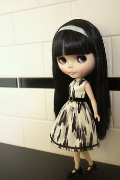 Blythe in Black  White - this looks so much like me with the bangs and long 'do!