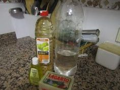 Olvídate de la crisis: Cómo hacer lavavajillas casero tipo Mistol Spray Bottle, Water Bottle, Cleaners Homemade, Green Life, Dremel, Soap Making, Inventions, Cleaning Supplies, Household