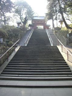 buddhist_temple_stairs_by_angelic_army.jpg (600×800)