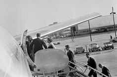 ST-527-16-63. First Lady Jacqueline Kennedy Boards Air Force One at Love Field - John F. Kennedy Presidential Library & Museum