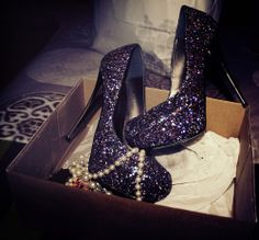 Just can't get enough of #sparkling heels!