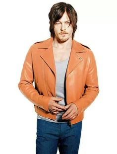 Norman Reddus....oh my lord...
