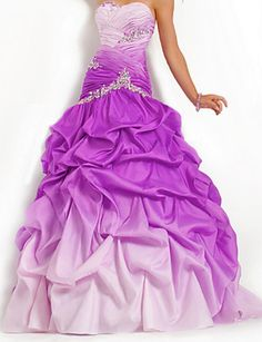 Shop classic ball gowns and ball gown prom dresses at PromGirl. Ballroom gowns, long formal dresses, designer prom ball gowns, plus-sized ball gowns, and ball gown dresses. Dresses For Teens, Modest Dresses, Pretty Dresses, Strapless Dress Formal, Beautiful Dresses, Formal Dresses, Gorgeous Dress, Formal Wear, Wedding Dresses