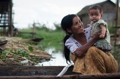 Intha mother and child at Lake Inle, Myanmar, Burma