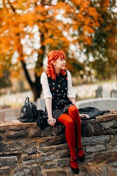 The Clothes Horse: Autumn Visions Runners-land.com OMG her hair matches her leggings perfectly