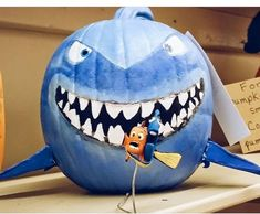 Try these amazing No Carve Pumpkin Decorating Ideas For Halloween. These Halloween decoration ideas with Pumpkins are easy to do and needs no carving. Nemo Pumpkin, Unicorn Pumpkin, Disney Pumpkin, Elsa Pumpkin, Pumpkin Decorating Contest, Pumpkin Contest, Pumpkin Ideas, Decorating Ideas, Pumpkin Designs