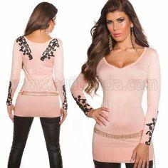 #Sexy #jersey @mujer #diseño #mangalarga #escoteV de #pico #tejido de #puntoelastico y #suave que se #ajusta #perfectamente a tu #figura #destacando tus #curvas con #estilo #exclusivo con #llamativo #bordado en la espalda y mangas para #brillar con #aire #sofisticado y #casual. Encuentralo en: http://www.agiltienda.com/es/home/2270-jersey-largo-y-ce%C3%B1ido-mujer-8400227086986.html #online #shop #sexy #fashion @agiltienda.es