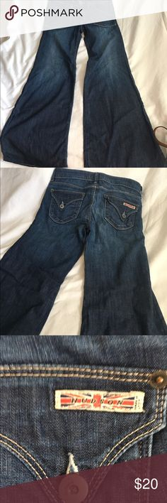 """Hudson wide leg jeans Hudson wide leg jeans, has 27 in tag inside on the left front waste band waste measures aprox 31"""" the inseam is 33"""" the leg width at top of thigh is 20"""" & at the bottom if the leg is 26"""", the front rise is apox 8"""" & back rise is aprox 12"""". Hudson Jeans Jeans Flare & Wide Leg"""