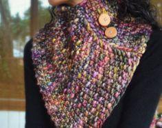 La bufanda capucha Regal-knit, grueso, triángulo, con botones de roble