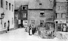 Meule vaan Clemens mèt doorgaank naor St. Pieterstraot 1925.