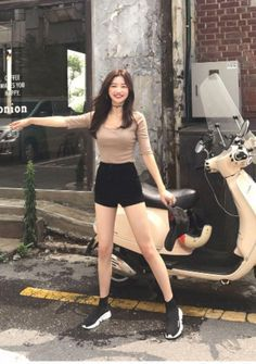 44 Koren Style Fashion for Women to Shake Hollywood - Girl Fashion Korean Fashion Trends, Korean Street Fashion, Korea Fashion, Asian Fashion, Korean Girl Fashion, Korean Outfits, Short Outfits, Casual Outfits, Cute Outfits