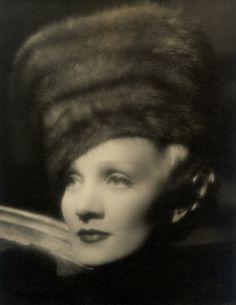 Marlene Dietrich (1930s)