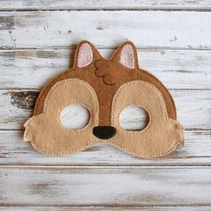Chipmunk Mask Felt Kids Mask Pretend Play Dress by AnnsCraftHouse Squirrel Mask, Squirrel Costume, Cow Mask, Bear Mask, Monkey Mask, Up Halloween Costumes, Halloween Kostüm, Projects For Kids, Diy For Kids
