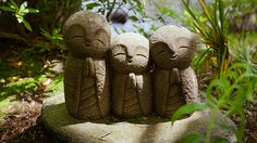 Cute Nagomi Jizo statues in Hase-dera : Kamakura, Japan / Japón by Lost in Japan, by Miguel Michán, via Flickr