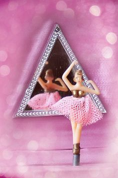 ballerina music box triangle mirror