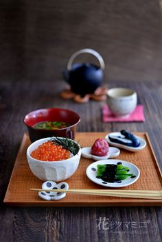 いくら丼 - Salmon roe rice