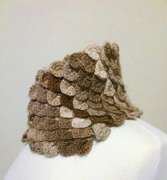 Hand crocheted Cowl Scarf Neckwarmer, Crocodile Cowl, multicolored neckwarmer, elegant and chic, winter accessory, for women