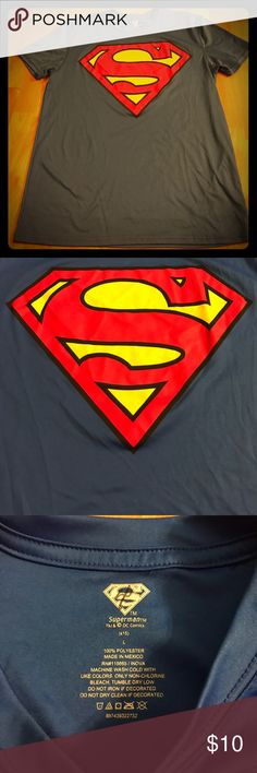 Men's size large super man t shirt Men's size large super man tee. superman Shirts Tees - Short Sleeve
