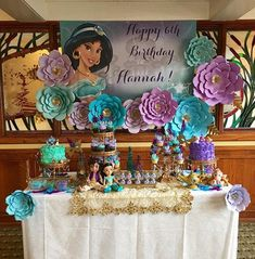 OMG! Look at this themed dessert table one of paper florists created! Bravo @pretty___petals ! So classy and so fresh at the same time! I guess there was one pretty happy BirthdayGirl there  #alladin #princessjasmin #sweettable #disneyprincess #disneythemedparty