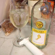 Flip Flop Glass for my Yellow Feet Wine! And a wine Vacuum...Courtesy of MEZ!