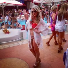 Vegas Girls Weekend Tips and Advice for Nightclubs and Pool Parties