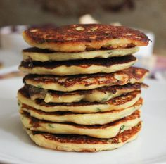 Mashed-potato-pancakes-with-goat-cheese-and-chives-