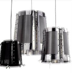 Lola. Lámpara de techo en chapa perforada y cristal Swarovski elegante y original. Lámpara de techo en acabados negro y acero inoxidable.