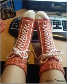 Kaikkea maan ja taivaan väliltä Leg Warmers, High Socks, Sewing Crafts, Knit Crochet, Footwear, Legs, Knitting, Fashion, Knit Stitches