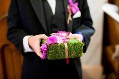 green moss pillow!!! no purple flowers