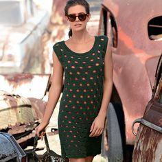 Пикантное и совершенно восхитительное мини-платье с крупными круглыми отверстиями — прекрасный способ показать себя во всей красе. РАЗМЕР 36/38 (40/42) 44/46 ВАМ ПОТРЕБУЕТСЯ Пряжа (50% хлопка, …