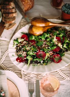 When we asked a trio of bloggers to put their own unique spin on our blank-slate Lotus Dinnerware and share a recipe, vegetable gardener and The First Mess blogger Laura Wright delivered an earthy setting and a similarly wholesome salad—a perfect pairing to welcome spring. Crispy Broccoli Salad with Black Rice, Miso and Dill WHAT YOU'LL NEED For the …