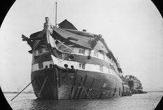 The horrific smallpox disease treated in Dartford Long Reach Hospital ships. The Last Ship, Ship Of The Line, Hulk, Wooden Ship, Navy Ships, Royal Navy, Nautical Theme, Old Photos, Sailing Ships