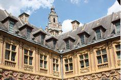 Het prachtige #Lille, #Frankrijk vind je net over de Belgische grens #reizen #stedentrip #travelbird