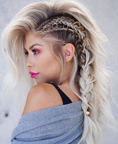 40 Most Beautiful and Easy Hairstyles for Long Curly Hair – Fashion. In my fanta… 40 Most Beautiful and Easy Hairstyles for Long Curly Hair – Fashion. In my fantasy life, I have time to play with my hair! Wedding Hairstyles For Long Hair, Easy Hairstyles, Hairstyles Videos, Everyday Hairstyles, Long Braided Hairstyles, Hair Styles Everyday, Braids For Wedding, Fantasy Hairstyles, Faux Hawk Hairstyles