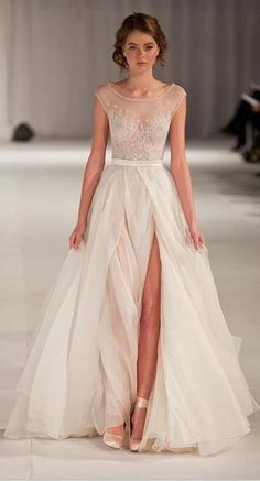 22 most unique ideas about nontraditional wedding dress. are you a bride to be and want to get rid of a traditional wedding gown discover the most trendy nontraditional wedding dress to get a fashio. Wedding Dress Tea Length, Wedding Dress Organza, Wedding Dress Sleeves, Bridal Dresses, Wedding Gowns, Lace Dress, Dress Prom, Prom Gowns, Dress Formal